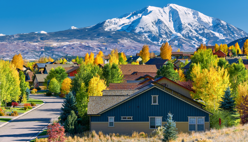 Colorado homes for sale with contingent status near Rocky Mountains